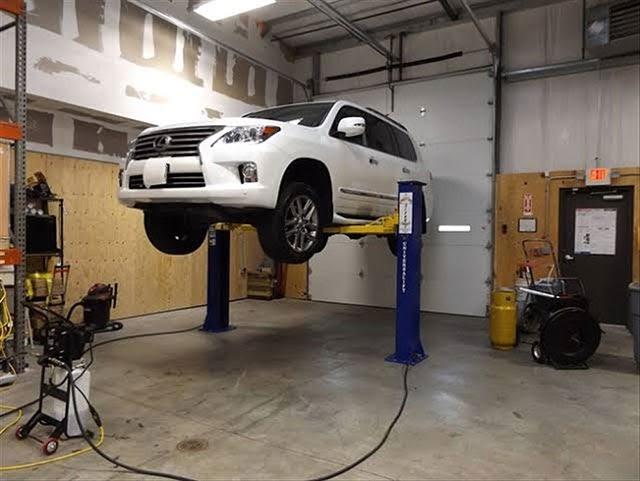 cầu nâng ô tô sửa chữa