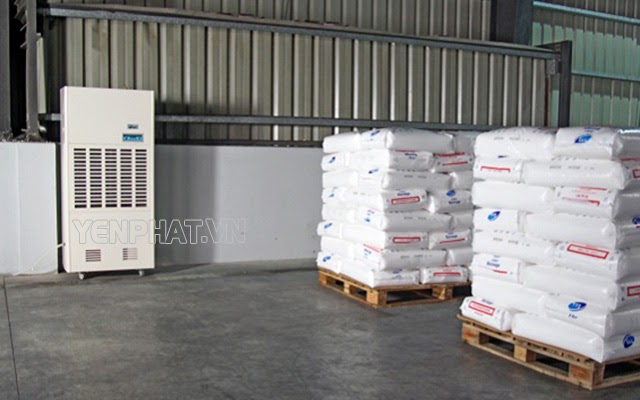 Công dụng của máy hút ẩm trong sản xuất