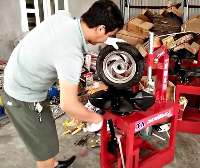 Cách sửa máy ra vào lốp đơn giản tại nhà đơn giản